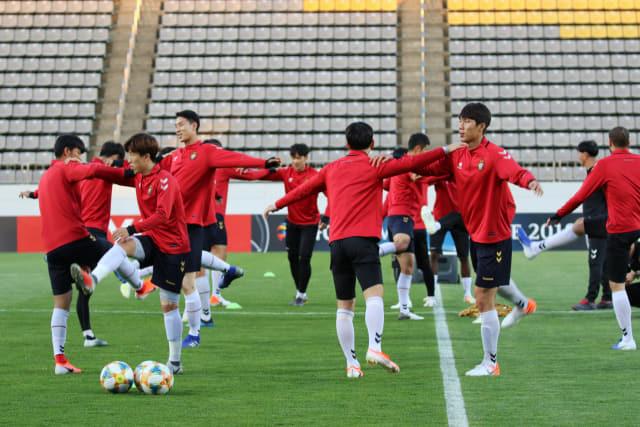 경남FC 선수들이 훈련을 하고 있다./경남FC/