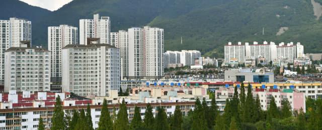 창원 성산구 가음동 지역. 아파트와 연립 및 단독 주택들이 모여 있다./전강용 기자/