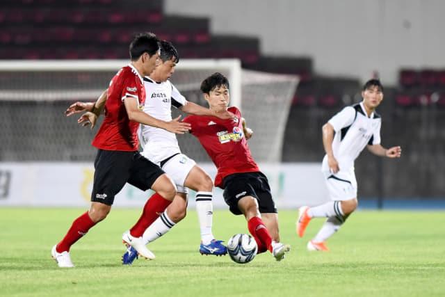 지난 8월 2일 김해운동장서 열린 2019 내셔널리그 16라운드 경기에서 김해시청과 창원시청이 경기를 하고 있다./내셔널리그/