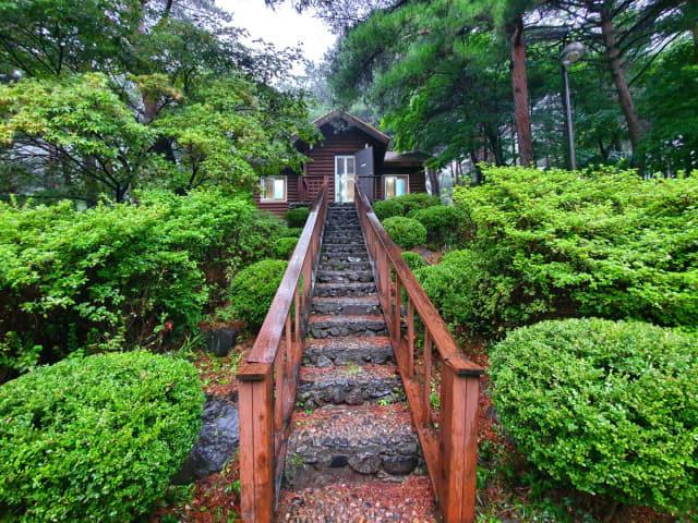 영덕 칠보산 국립자연휴양림 숲속의 집.