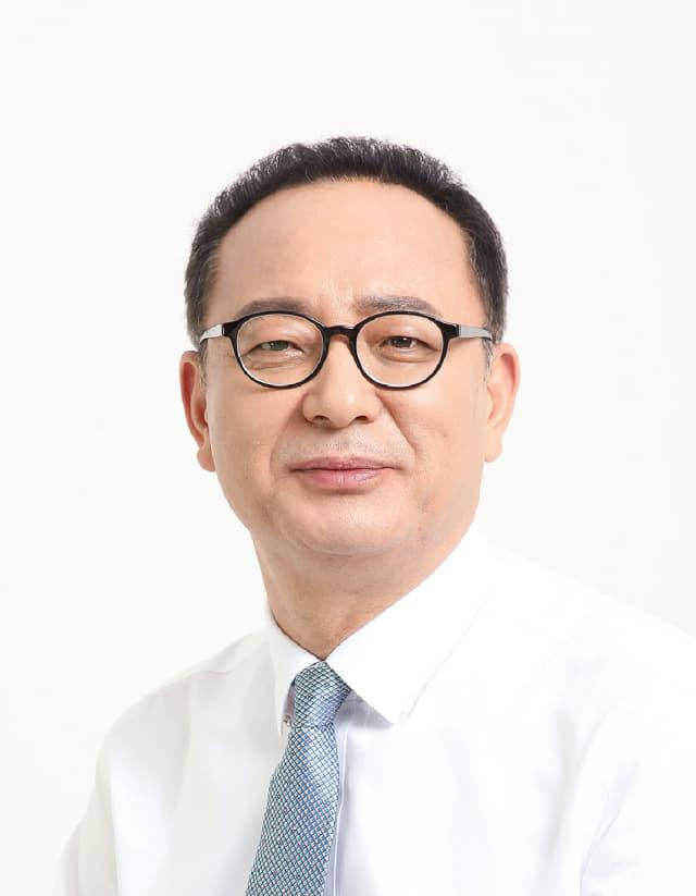 정 규 헌(52) 전 경남스쿼시연맹 회장