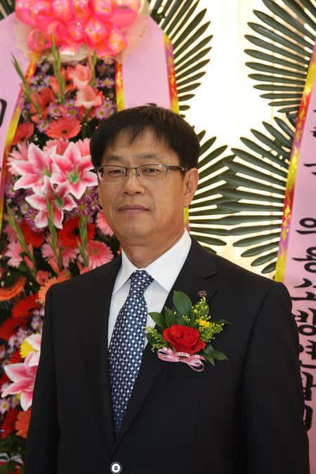 강 원 덕(61) 전 군체육회 부회장