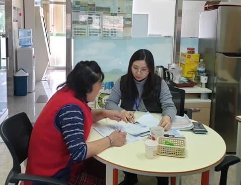 지난 2일, 지역내 사업장을 대상으로 동절기 농촌관광 안전점검을 실시하고 있다.