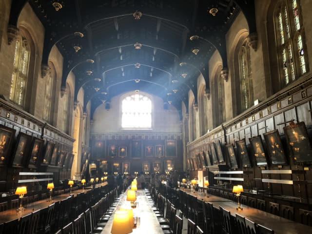 영화 '해리포터'의 배경으로 쓰인 옥스포드 대학 내 학생 식당 더 그레이트홀.