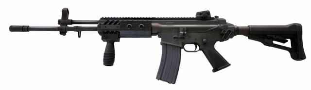 방열덮개가 장착된 K2C1 소총.