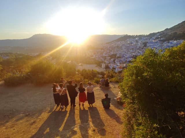 친구들과 전망대에서 바라보는 쉐프샤우엔의 노을은 아름답다.