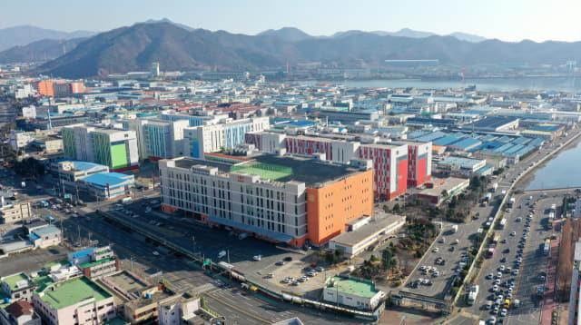 창원시 마산자유무역지역 전경./김승권 기자/