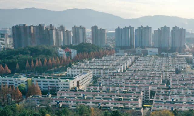 창원 아파트 단지(기사와 무관한 사진 입니다) /경남신문 자료사진/