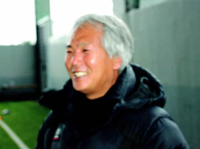 최경돈 창원시청축구단 감독이 3일 창원축구센터에서 인터뷰를 하고 있다.