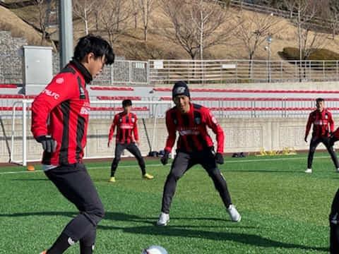 창원시청축구단이 창원축구센터에서 연습경기를 하고 있다./창원시청축구단/