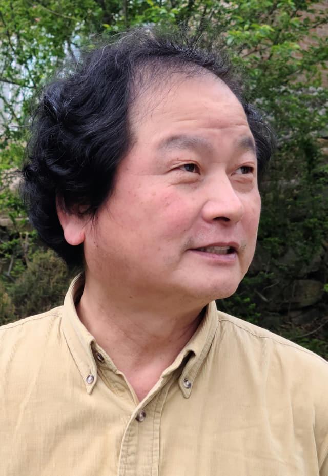 자신만의 독창적 작품 세계 선보인 김남진 작가/부산미술협회