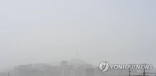 오늘도 황사[연합뉴스 자료사진]