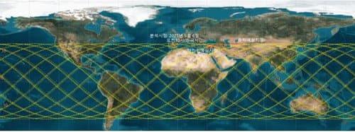 (서울=연합뉴스) 과학기술정보통신부는 지구로 추락하고 있는 중국 우주발사체 '창정-5B호'의 잔해물 추락 현황을 감시하고 있다고 6일 밝혔다. 과기정통부에 따르면 창정-5B호는 지난달 29일 중국이 발사한 우주발사체로, 우주 정거장의 모듈을 운송하는 역할을 한다. 발사체는 무게만 800t이 넘는 대형 발사체로, 추락 중인 잔해물은 이 발사체의 상단이며 무게 20t·길이 31m·직경 5m로 추정된다. 사진은 추락예측 궤도. 2021.5.6 [과학기술정보통신부 제공. 재판매 및 DB 금지] photo@yna.co.kr