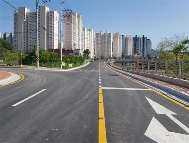 연장 480m, 너비 8~12m로 지난 4일 개통된 양산시 덕계동 도시계획도로./양산시/