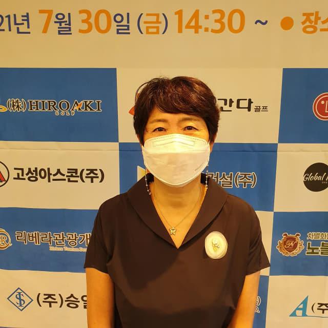 제23회 경남신문배 아마골프대회 여자부 우승자 이인숙씨