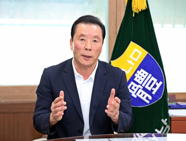 경남체육회 김오영 회장이 올해 제32회 경남생활체육대축전이 취소 결정됐다고 밝혔다./경남도체육회/